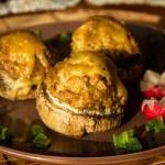 Pieczarki faszerowane mięsem mielonym